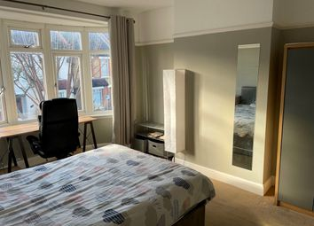 Thumbnail Room to rent in Addiscombe Court Road, Surrey