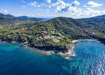 Thumbnail Villa for sale in Capoliveri, Tuscany, Italy