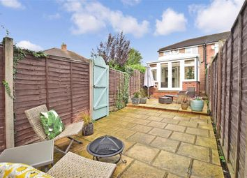 3 bed end terrace house for sale in Parkway, Dorking, Surrey RH4