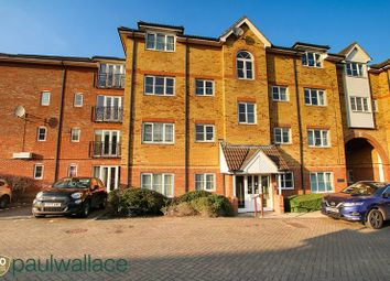 Thumbnail 2 bedroom flat for sale in Yukon Road, Broxbourne