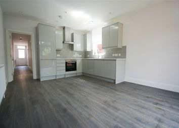 Thumbnail 2 bed flat to rent in Wotton Road, London