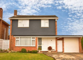 Thumbnail 3 bedroom detached house to rent in Grangewood, Potters Bar