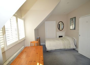 Thumbnail Room to rent in Worple Road, Raynes Park