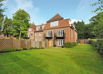 Thumbnail 3 bedroom flat for sale in Cross Road, Sunningdale, Ascot