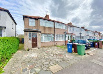 3 bed end terrace house for sale in Constable Gardens, Edgware HA8
