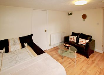 Thumbnail 1 bedroom property to rent in Flat 1, 63 Brudenell Road, Hyde Park