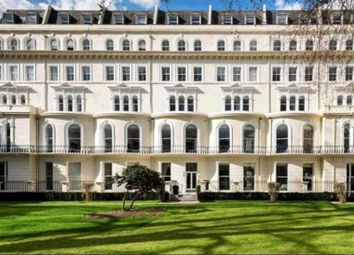 Thumbnail 1 bed flat to rent in Kensington Garden Square, Bayswater