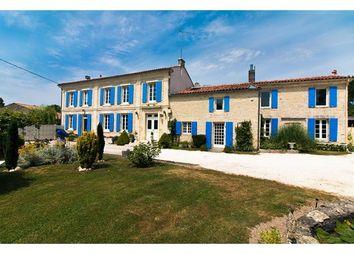 Thumbnail 5 bed property for sale in 17000, La Rochelle, Fr