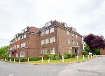Thumbnail 2 bed flat to rent in Granville Place, High Road, Finchley, London