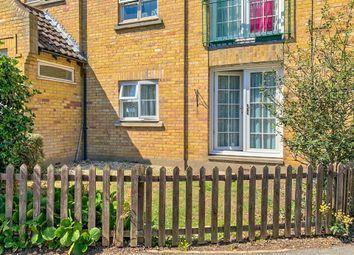 Fore Street, Laindon, Basildon SS15. 2 bed flat