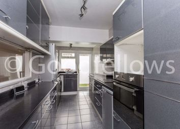 3 bed property to rent in Templecombe Way, Morden SM4