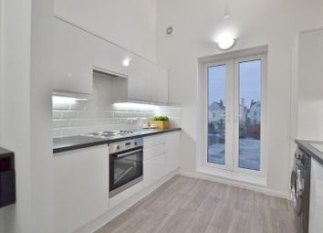 Thumbnail 5 bed flat to rent in Boundary Road, Hove