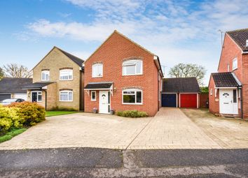 Thumbnail 4 bed detached house for sale in Pickwick Avenue, Chelmsford