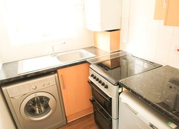 Thumbnail Studio to rent in Lawrence Street, London