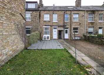 4 bed property to rent in Lockwood Road, Lockwood, Huddersfield HD1