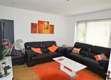 Thumbnail 2 bedroom maisonette to rent in Turnpike Link, Croydon