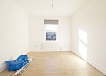 Thumbnail 2 bed flat to rent in Bounds Green Road, Bounds Green, London