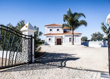 Thumbnail 4 bed villa for sale in Vilamoura, Loulé, Central Algarve, Portugal