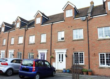 Thumbnail Terraced house for sale in Cerne Avenue, Gillingham