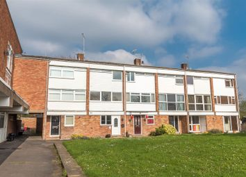 Thumbnail 4 bed town house for sale in Colleton Drive, Twyford, Reading