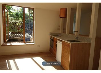 Thumbnail 1 bed flat to rent in Colenso Road, London