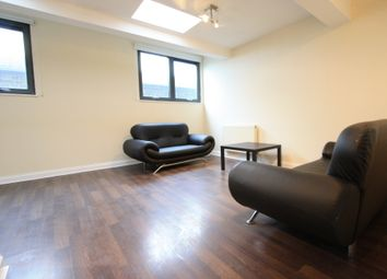 Thumbnail 3 bed flat to rent in Mitcham Rd, Mitcham