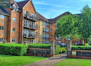 Thumbnail 2 bed flat for sale in Sommers Court, Crane Mead, Ware