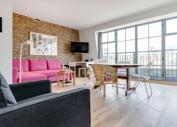 Thumbnail 1 bed flat to rent in Turner Street, London