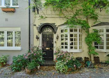 Thumbnail 2 bed mews house for sale in Albion Mews, London