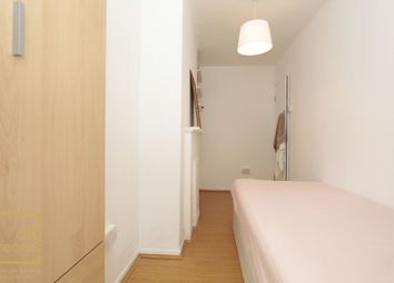 Thumbnail Room to rent in Poynter House, Aberdeen Place, Marylebone, Edgware Road