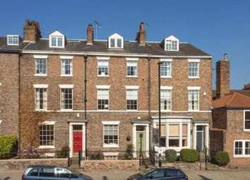 Thumbnail 6 bedroom terraced house for sale in Monkgate, York