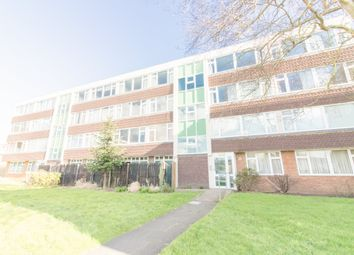 Thumbnail 2 bed flat to rent in Meadow Lane, Eton, Windsor