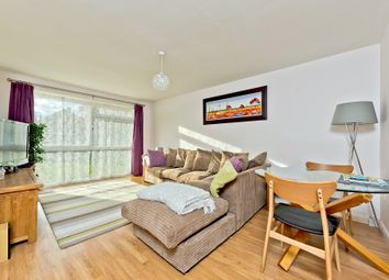 2 bed property for sale in Warwick Gardens, Thames Ditton KT7