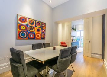 Thumbnail 2 bed flat for sale in Green Street, Mayfair