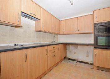 Thumbnail 2 bed flat to rent in Essex Close, Luton