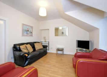 Thumbnail 1 bed flat to rent in Gladstone Place, Woodside