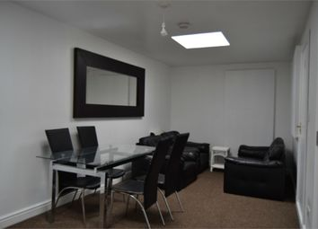 Thumbnail 2 bed flat to rent in 1E Kingsley Road, Hounslow, Greater London