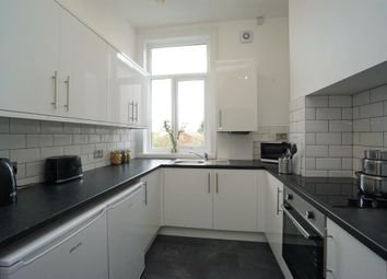4 bed flat to rent in London Road, Sheffield S2
