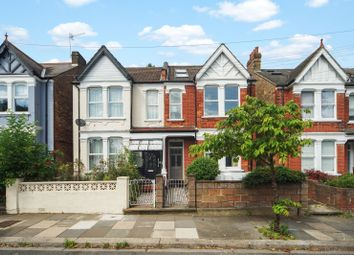 2 bed maisonette for sale in Julian Avenue, London W3