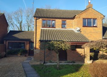 Thumbnail 4 bedroom semi-detached house to rent in Victoria Close, Rushden