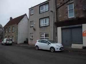 Thumbnail 1 bed flat to rent in High Street, Dysart, Kirkcaldy