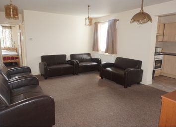 2 bed flat to rent in 204 Emscote Road, Warwick CV34