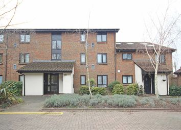 Thumbnail 2 bedroom flat to rent in Braybourne Drive, Isleworth
