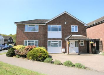 4 bed property for sale in St. Lawrence Way, Bricket Wood, St. Albans AL2