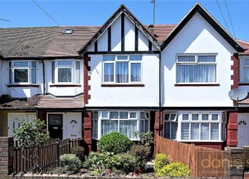 3 bed maisonette to rent in Tanfield Avenue, London NW2