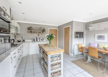 4 bed town house for sale in Reliance Way OX4,