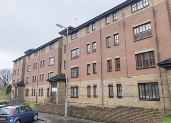 2 bed flat to rent in Greenlaw Road, Glasgow G14