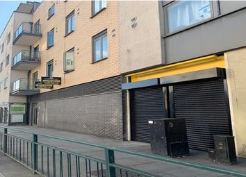 High Road, Ilford IG1. Retail premises to let