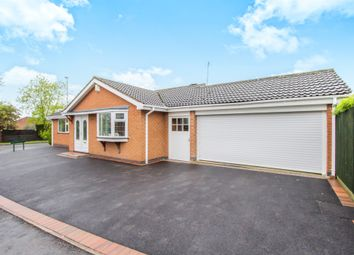 Thumbnail 3 bed detached bungalow for sale in Morpeth Drive, Oadby, Leicester