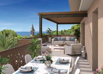 Thumbnail 3 bed apartment for sale in Hyeres, Provence Coast (Cassis To Cavalaire), Provence - Var